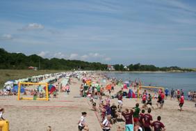 Beach Handball am Strand von Boltenhagen an der Ostsee