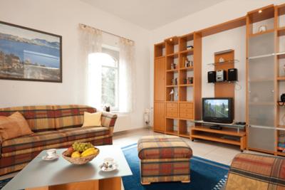 Wohnbereich der Ferienwohnung 01 in der Villa Seegarten